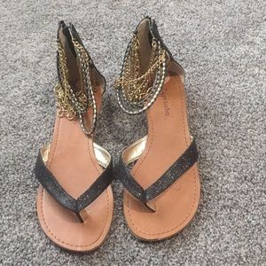 Size 7 sandals with gold chains and glitter